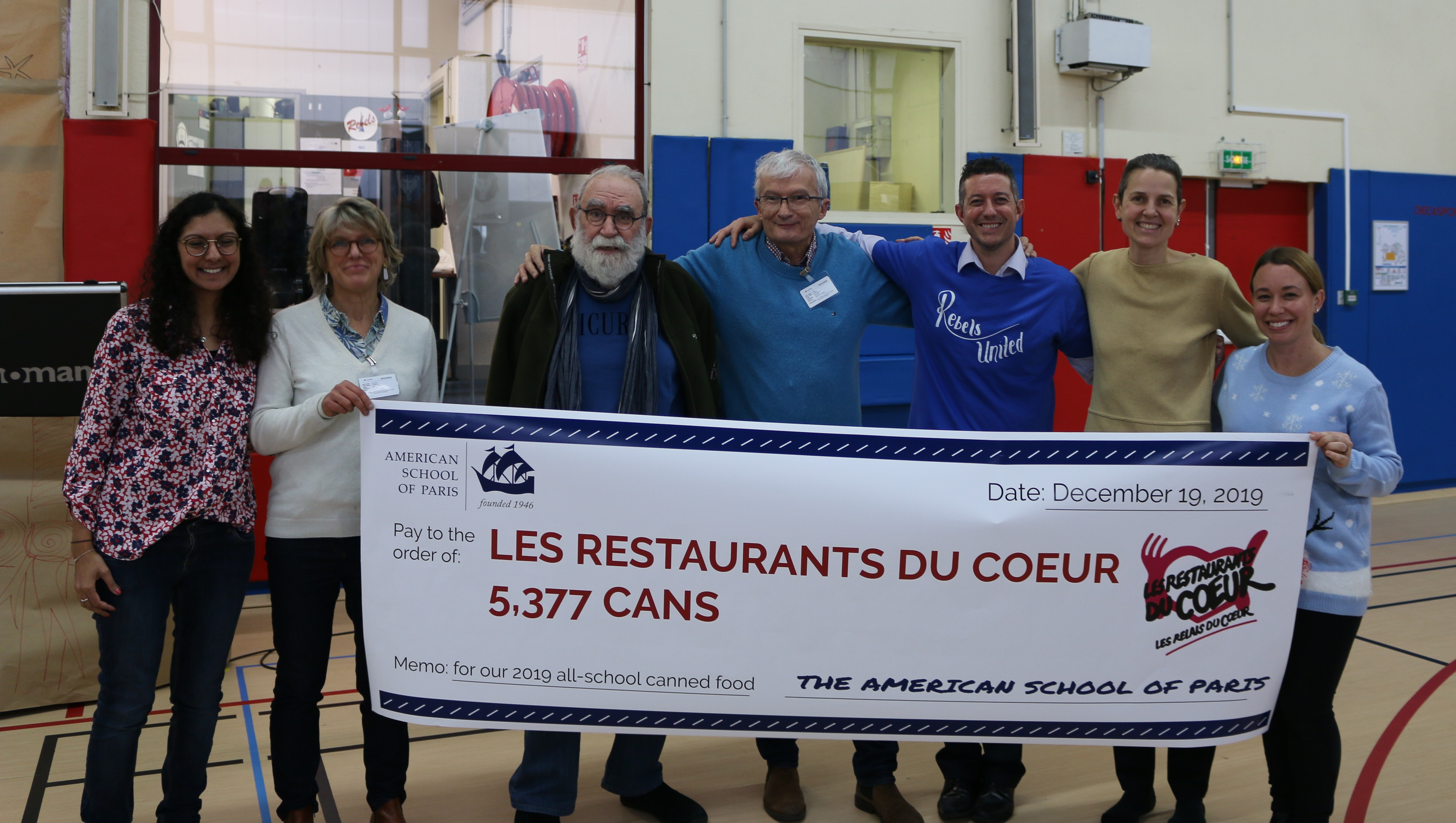 Our Service Learning Coordinators and the representatives of the Restaurants du Coeur in Saint-Cloud
